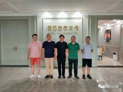 重庆市木门行业协会秘书长及会员企业考察微眼整体木作
